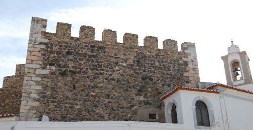 Castelo (muralhas)